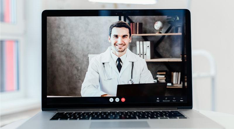 I professionisti sanitari promuovono a pieni voti la formazione a distanza